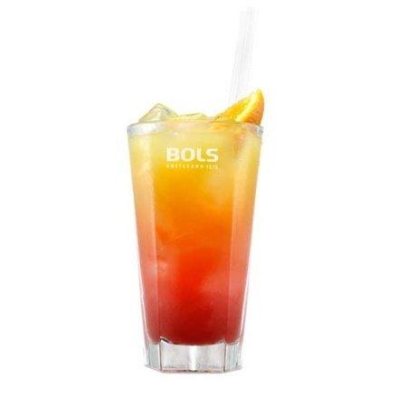 Bols Strawberry met Jus d' Orange